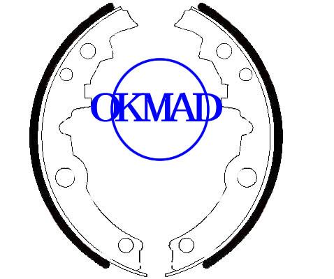 BUICK SKYLARK CHEVROLET BERETTA CAVALIER CORSICA Set ganasce freno a tamburo FMSI: 2164-S553 2164-S719 OEM: 18012416